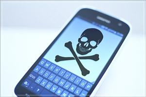 スマホ依存症は、ただスマートフォンを手放せないだけではなく、気づかない内にうつ病を発症することも。