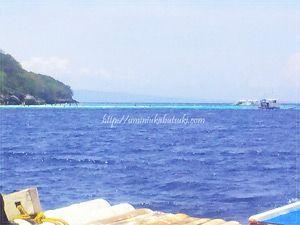 ジンベイザメと泳ぐツアーの第2スポットスミロン島は、透明度の高いダイビングスポット。