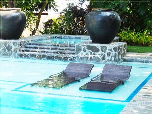 女性一人旅行に最適な、静かな時間を過ごせる『セブ ホワイト サンズ リゾート アンド スパ』のプール