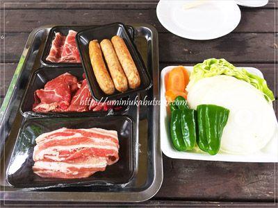 おすすめセット(野菜&ライスつき)3,588円に自家製ソーセージ1,000円を追加。