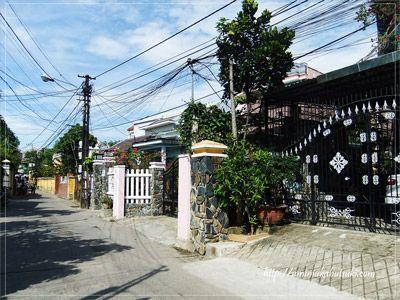 ホイアン旧市街近郊で高級住宅街のような一角に建つトゥエタムガーデンヴィラ