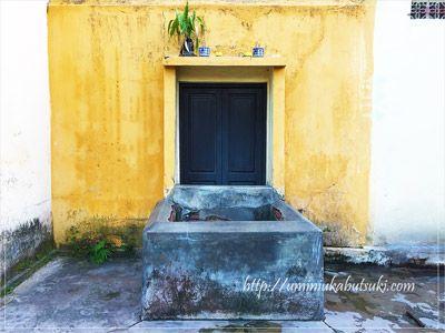 住宅街の一角にひっそりと佇むバーレー井戸(ジエン・バーレーGiengBaLe)