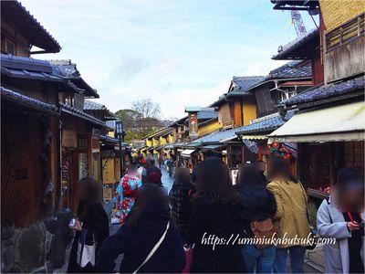 京都の祇園界隈にある古い街並み
