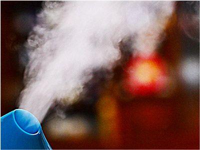 インフルエンザウイルスが部屋の中に飛び散らないように、湿度を徹底的に管理する