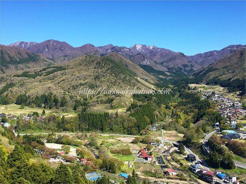 山頂から見られる絶景は山寺立石寺の人気スポットの一つ