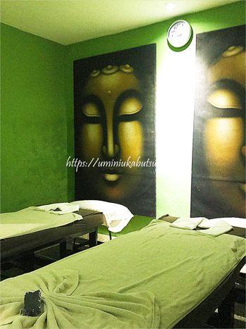カップルや女子グループなどで利用できるトロピカルスパ(The Tropical Spa Sdn Bhd)の個室